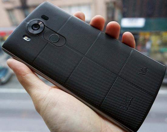 Смартфон LG V10 доступний для замовлення