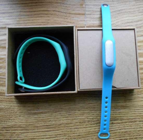 Купувати чи ні розумний браслет xiaomi mi band?