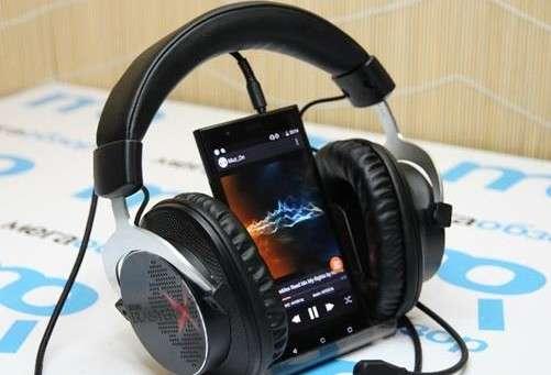 Highscreen Boost 3 потужний смартфон для меломанів