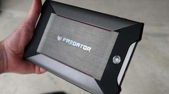 Acer Predator 8 потужний планшет для геймерів